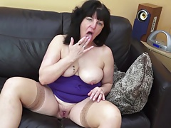 Deviant mature mom and wed..